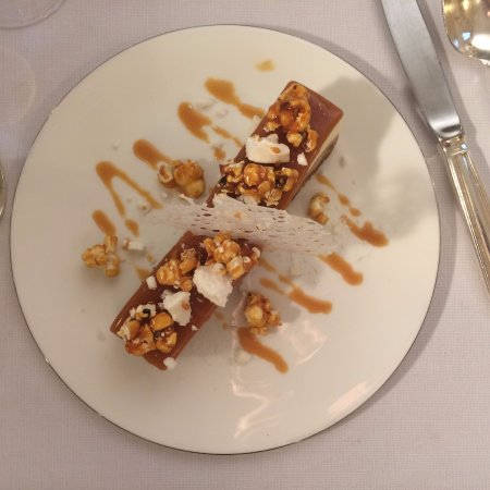 San Pietro in Cariano, Italia: Questo dolce è fantastico, cioccolato e pop corn carammelati