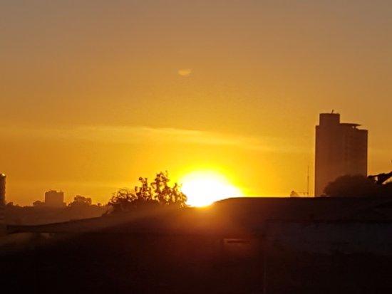 Khweza Bed & Breakfast: Sunset Nairobi vom Khweza aus fotografiert