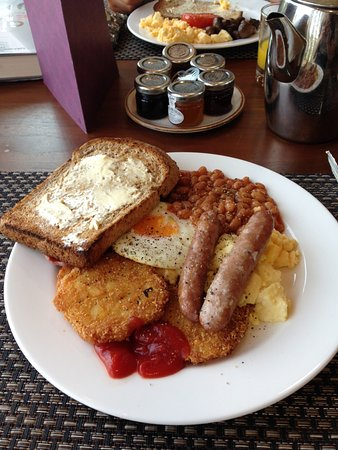 Casa Hotel: Tasty Breakfast Buffet