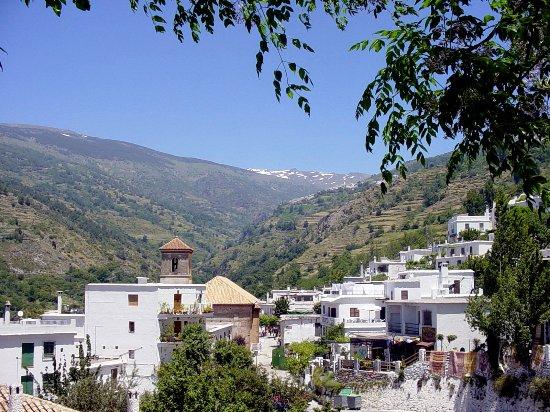 Mecina Fondales, Espanha: Pampaneira © Robert Bovington