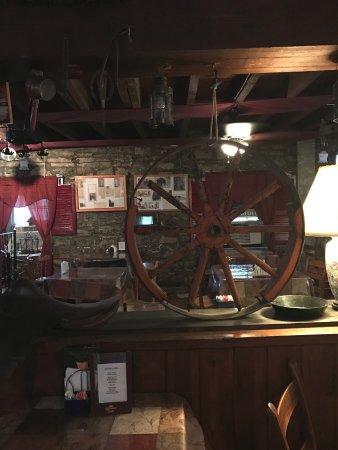 Strasburg, VA: Charming antiques