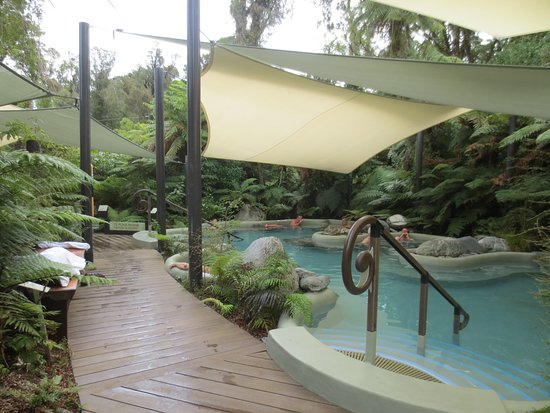 Franz Josef, New Zealand: Pool entry