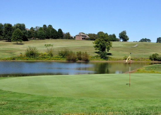 Nicholasville, KY: Spring at the course