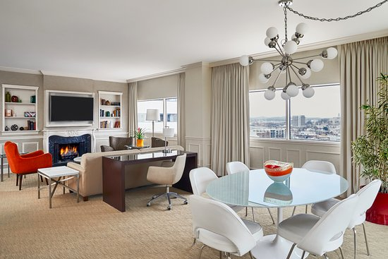 Loews Vanderbilt Hotel: Belmont Living Room