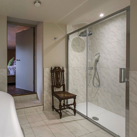 The Ffolkes Hotel: Room 1 Double Walk In Shower