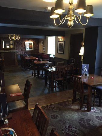 Thornton-Le-Dale, UK: The dining room at the Buck Inn