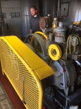 Point Richmond, CA: Your host fires up 1934 diesel compressor to demonstrate foghorn.