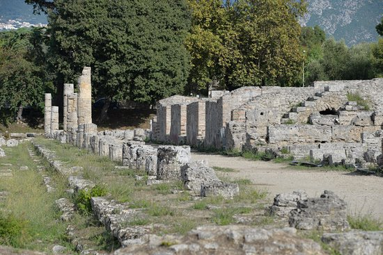 Templi Greci di Paestum: il decumano