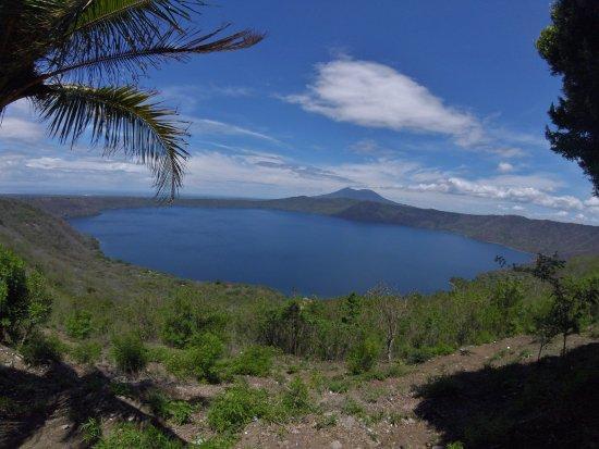 Département de Granada, Nicaragua : Laguna de Apoyo y Volcán Mombacho