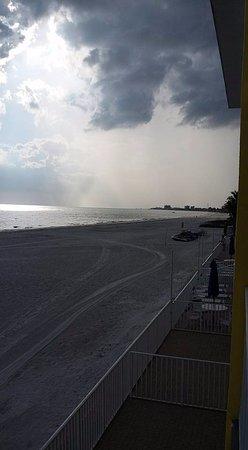 Sandpiper Gulf Resort: balcony view