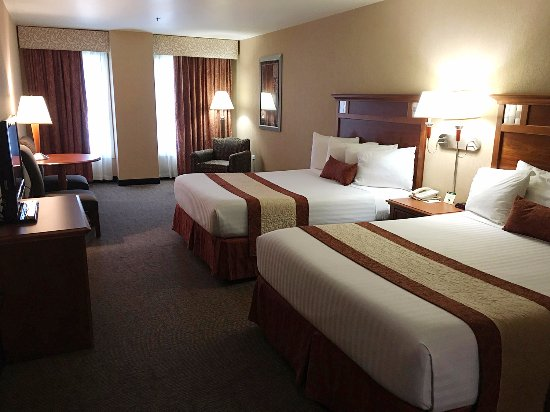 Midnight Rose Hotel and Casino: Double King Room