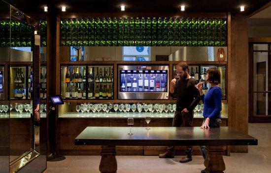 Hôtel 71 : Wine bar