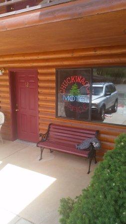Torrey, UT: Lodge office. Our room was right next door.