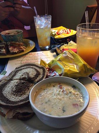 Gallatin, TN: Pop-eye Sandwich with Chicken Corn Chowder