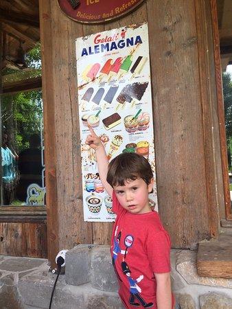 Frioul-Vénétie Julienne, Italie : È stato un piacere visitare questo posto, dalle 12,abbiamo iniziato con una griglia, piatto vege
