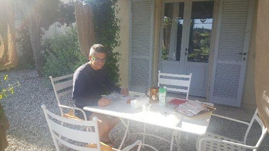 San Rocco a Pilli, Italie : 20170522_081941_large.jpg