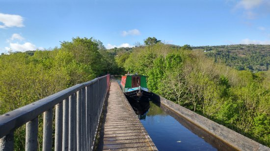 Middlewich, UK: Across the Pontcysyllte aqueduct and into Wales