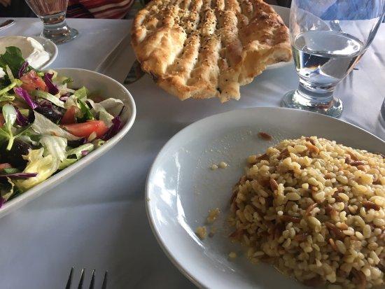 Gozne, Tyrkia: Gözne