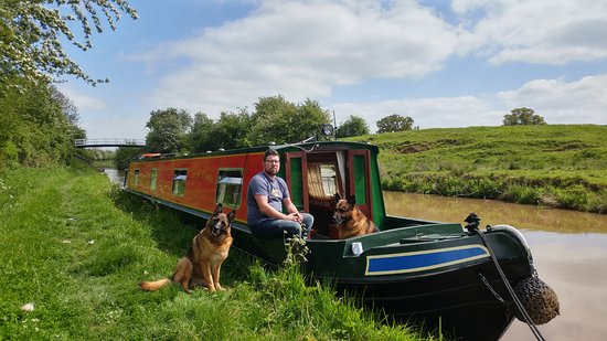 Middlewich, UK: Time for a cuppa and another towpath walk