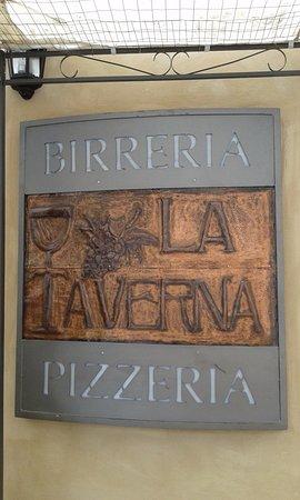 Pizzeria Birreria La Taverna da Eliseo: insegna locale