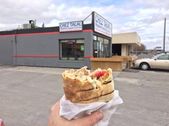 Newmarket, كندا: Chicken Sharma