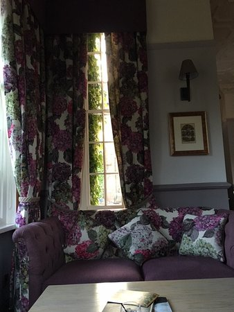 nunsmere hall hotel decor is fabulous - Violet Hotel Decor