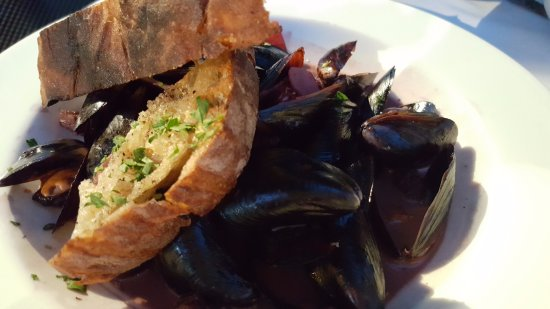 Hurley's Restaurant & Bar: Mussels