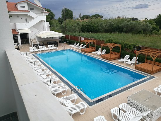 Kavos What A Hole Review Of Chandris Apartments