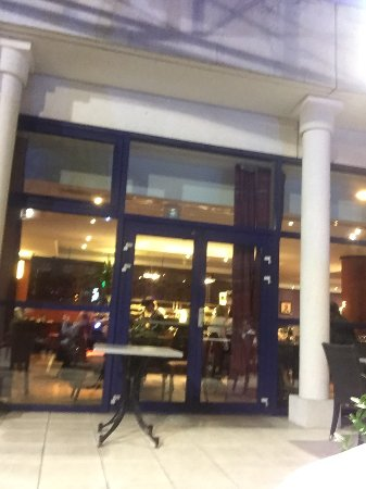 Restaurant La Rose Des Vents Roissy En France