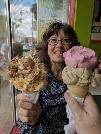 Milton, Kanada: Jay's Ice Cream & Sunshine's Gelato