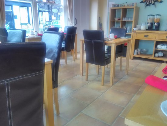 Lacet House: Breakfast room