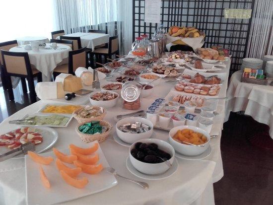 Hotel meuble antares grado olaszorsz g rt kel sek s for Hotel serena meuble grado