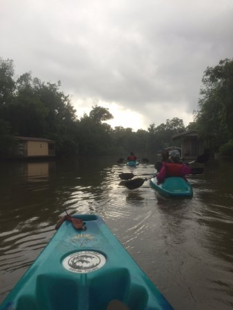 Pearl River, LA: kayaking across the water