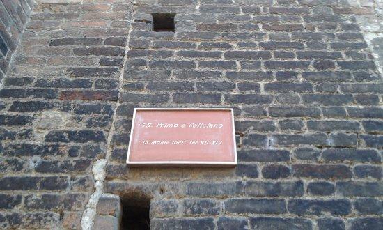 Pavia, Italia: Scritta