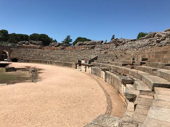 Teatro Romano de Mérida: Coliseum