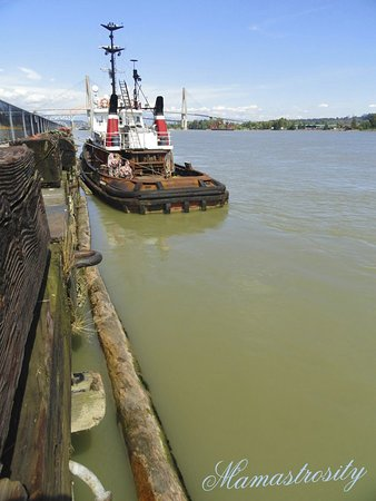 New Westminster, Canadá: TUG BOAT