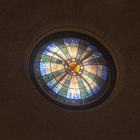Flushing, NY: Dome - not Tiffany glass