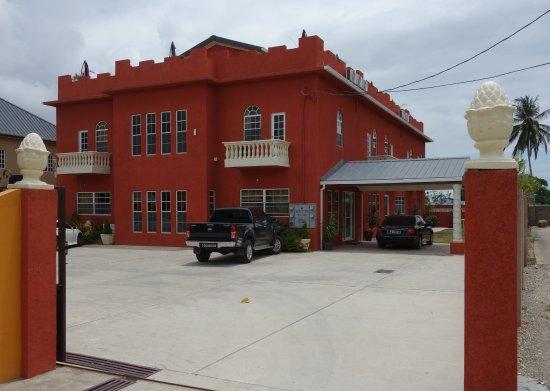 Piarco, Trinidad: View of Inn