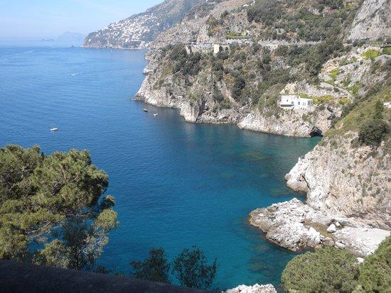 Benvenuto Driver Private Day Tours: Along the Amalfi Coast