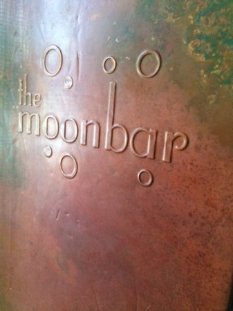 Chelmsford, MA: Welcome to The Moonbar