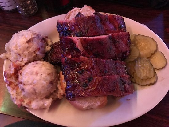 Kilgore, TX: Ribs, Baked Potato Casserole
