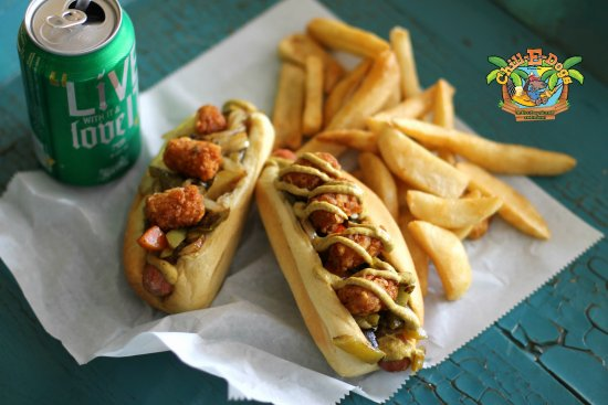 Edgewater, فلوريدا: Double Dog Dare: Two Hotdogs, Side Dish and Drink.