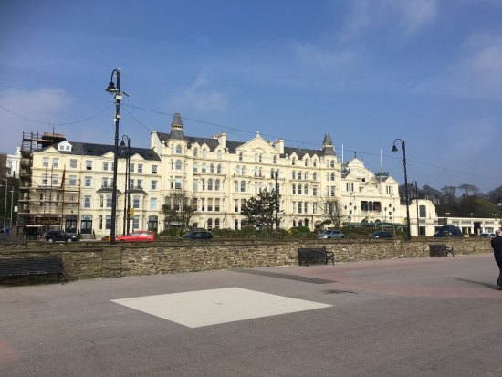 Sefton Hotel: What A Great Location Overlooking The Prom