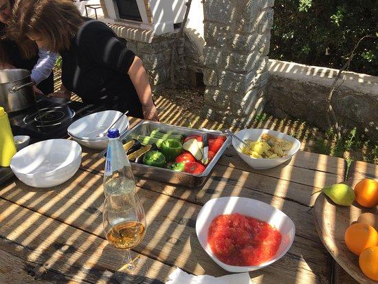 Agios Prokopios, Grecia: Cooking lesson with Julia!