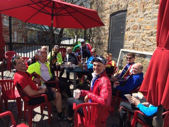 The Socialist Pig : Biker gang on their coffee break