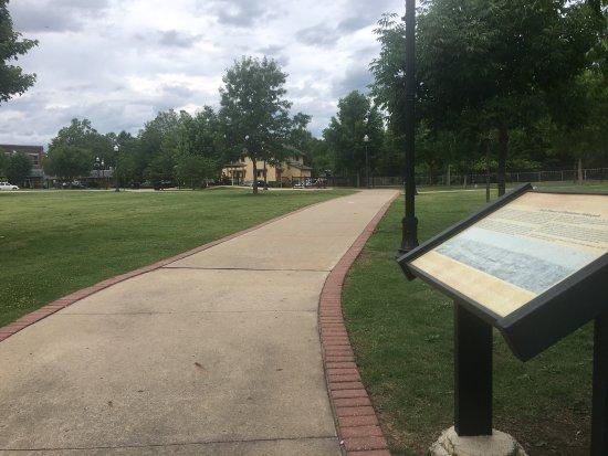 Tahlequah, OK: Norris Park