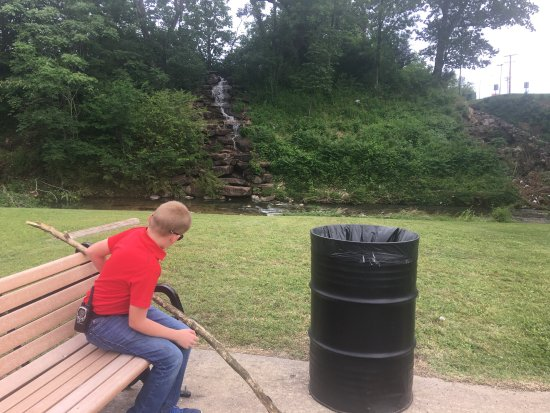 Tahlequah, OK: Cross Water Ave after playground to falls