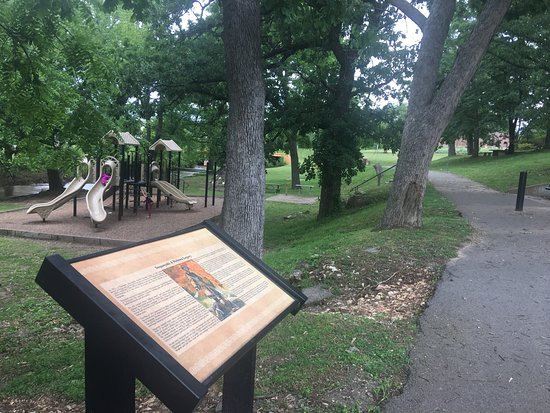 Tahlequah History Trail Sequoyah Park