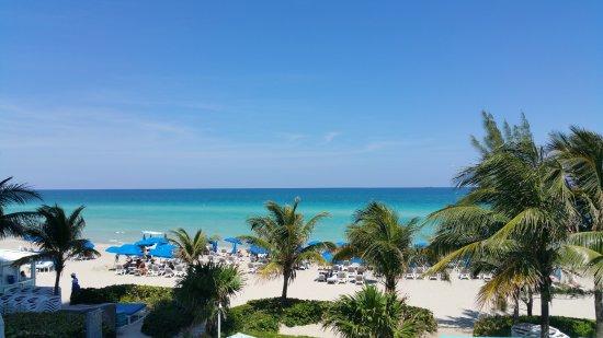 Sunny Isles Beach, FL: Vistas desde el cenador
