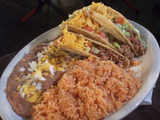 Rosenberg, TX: Crispy Taco Plate